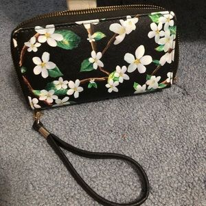 Floral Double Pocket Wristlet